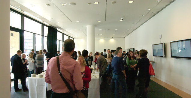 Drinks and discussion at the 2013 Forum